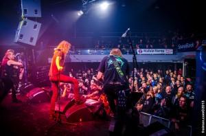 Et stk ekstatisk OVERKILL fan og manneblogg ansvarlig nede til høyre 3.rekke... Foto: Jørgen Freim THANK YOU!!!!